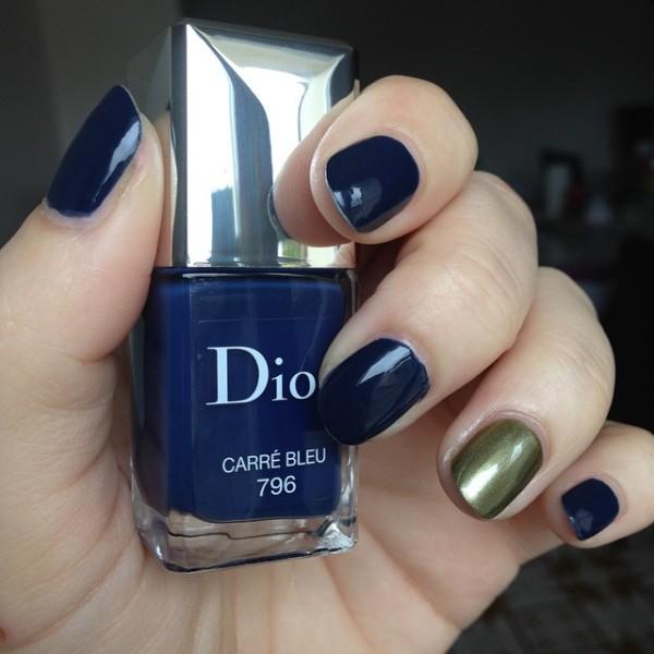 carre_bleu_dior4