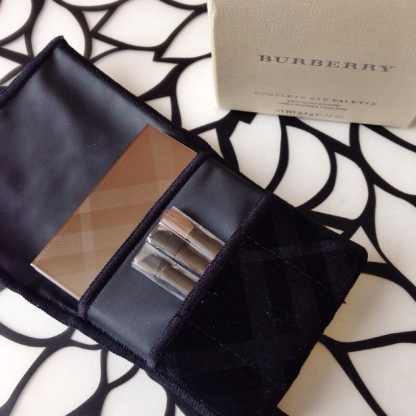 complete eye palette burberry